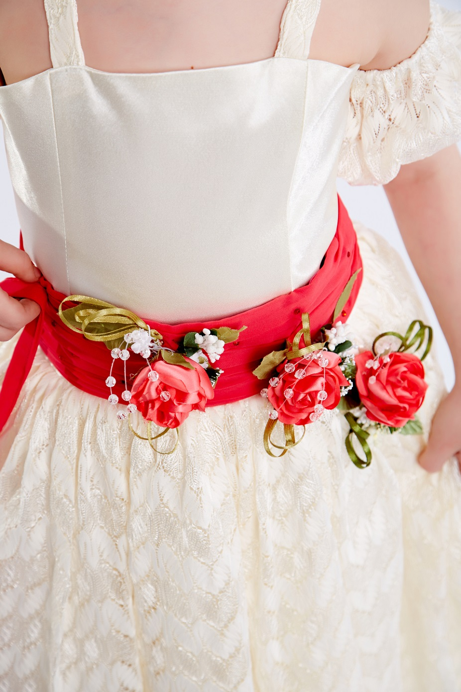 Красивый пояс на детское платье своими руками 25